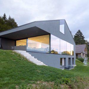ház oldalról