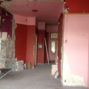 Kiskörúti felújítás és átalakítás első felvonás a csupasz falak